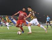 مؤمن زكريا يشاهد فوز أحد ضد الاتفاق بالدوري السعودي.. فيديو