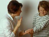 بلاش ضرب وإهانة.. اعرفى تأثيرهم على طفلك