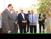 محافظ القاهرة يتفقد أعمال تطوير شارع أحمد فخرى