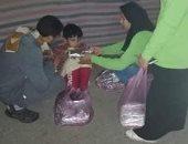 وجبات ساخنة لأطفال الشوارع بالزقازيق ضمن مبادرة حياة كريمة