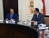 صور.. رئيس الوزراء يتابع خطة تسكين المناطق العشوائية غير الآمنة بعد تطويرها