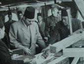 قصة صورة من 73 سنة.. الملك فاروق يضع حجر أساس مشروع تقوية خزان أسوان
