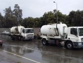 مدينتا أرمنت والطود يعلنان مشاركة 19 سيارة شفط لرفع آثار الأمطار والعاصفة الترابية