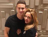 أنا وأمى الجميلة.. شاهد نجل الفنان أحمد السقا ينشر صورة مع والدته