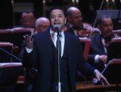 مدحت صالح يحيى أمسية غنائية على المسرح الرومانى بالإسكندرية