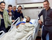 لاعبو الزمالك يزورون دويدار بعد جراحة وتر أكيليس