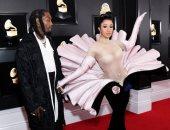 وكأنها لؤلؤة.. كاردى بى بفستان على شكل محار فى حفل جوائز Grammys