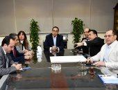 رئيس الوزراء يعقد اجتماعا لمتابعة تنفيذ محور 30يونيو وطريق هضبة أسيوط الغربية