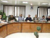 محافظ سوهاج يعقد اجتماعًا لتابعة أعمال توسعة الكورنيش الغربى