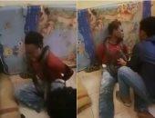 الاستجواب بالثعبان.. أحدث طرق شرطة إندونسيا لتعذيب المشتبه بهم.. فيديو وصور
