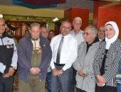 محافظ الإسماعيلية: كارنيهات لركوب المسنين المواصلات العامة مجانًا