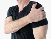 مفصل الكتف الأكثر حركة فى الجسم.. تعرف على أسباب آلامه