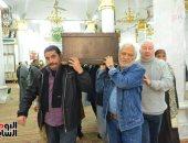 فيديو وصور.. تشييع جثمان الفنانة نادية فهمى من السيدة نفيسة