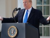 """حاكم ماساتشوستس السابق : 6 أعوام أخرى من """"ألاعيب """" ترامب ستضر أمريكا"""