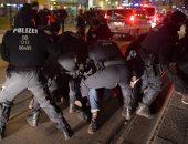 الشرطة الألمانية تشتبك مع محتجين غاضبين من قيود كورونا