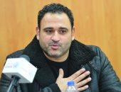 وفاة والد أكرم حسني وتشييع الجثمان بالجامع الكبير بالرحاب غدًا