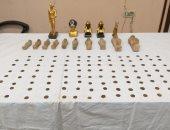 مباحث الآثار تضبط 15 تمثالا و111 قطعة عملة يونانية بحوزة عاطل بأسيوط