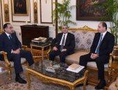 رئيس الوزراء يلتقى شركة بلاك ستون العالمية بحضور وزير الكهرباء