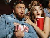 مشاهدة أفلام الرعب والكوميديا تزيد من آثار تجاعيد الوجه.. اعرف الأسباب
