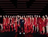 جوريجو أرمانى يشعل عروض أزياء ميلانو بالأحمر