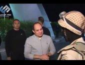 """""""الرئيس الإنسان"""".. زيارات السيسي المتكررة لجنود سيناء تحرق كيد الأعداء"""