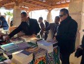 """""""الآثار"""" تهدى مدارس أبوسمبل 100 نسخة مجانية من الكتب التراثية"""