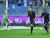 النصر يواصل مطاردة الهلال بفوز صعب على الفيحاء بالدوري السعودي