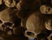 شاهد.. ترميم آلاف الجماجم والهياكل البشرية بمستودع الموتى فى التشيك
