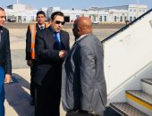 وزير خارجية جزر القمر يصل مطار شرم الشيخ للمشاركة بالقمة العربية الأوروبية