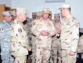 وزير الدفاع يتفقد أعمال التطوير بمعهد نظم المعلومات للقوات المسلحة