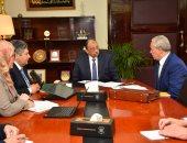 وزير التنمية المحلية يجتمع مع محافظى الأقصر وسوهاج والمنوفية