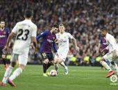 ريال مدريد يتفوق على برشلونة تسويقياً قبل الكلاسيكو