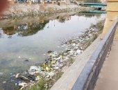 قارئ يشكو تلوث ترعة الاسماعيلية بالقمامة أمام شارع الثلاثينى