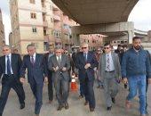 """صور.. محافظ الجيزة ورئيس """"محلية البرلمان"""" يتفقدان أعمال الصيانة بمحور صفط"""
