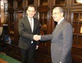 وزير الكهرباء يلتقى وزير بيئة الأعمال والتجارة والاستثمار الرومانى