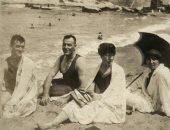 """""""مصيف زمان"""".. صورة تاريخية من شاطئ الإسكندرية تعود لعشرينيات القرن الماضى"""