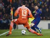 """كورتوا يعود لمواجهة """"جلاده"""" فى كلاسيكو ريال مدريد وبرشلونة"""