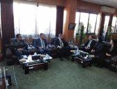 محافظ الإسماعيلية يناقش إقامة مشروعات إستثمارية كبرى مع قنصل الصين