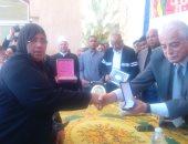محافظ جنوب سيناء: رحلة عمرة على نفقة المحافظة لأسرة الشهيد محمود ناجى