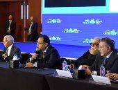 صور.. رئيس الوزراء يلتقى رؤساء اتحاد الغرف التجارية بـ 76 دولة