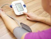4 عادات تفعلها دون أن تدرى تؤثر على ضغط الدم