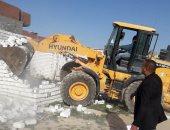 حملات مكثفة للتصدى للبناء المخالف والإشغالات بأحياء الأسكندرية