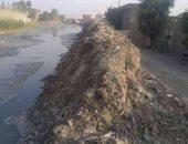 صور.. شكوى من رشاح مياه ينقل الأمراض بأبو زعبل فى القليوبية