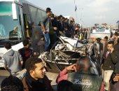 مصرع 6 أشخاص وإصابة 34 فى تصادم سيارة نقل بـ3 سيارات ميكروباص بالبحيرة