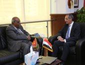وزير الاتصالات يلتقى سفير إريتريا لبحث تعزيز التعاون بمجال التكنولوجيا