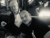 شاهد.. فان ديزل يتناول العشاء مع مايكل كين فى لندن