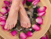 للعناية بالجسم..7 خطوات للتخلص من الجلد الميت بكعب القدم