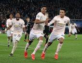 أخبار مانشستر يونايتد اليوم عن تعرض مشجع للطعن فى باريس