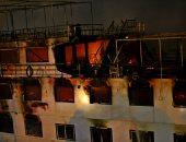 صور.. حريق هائل فى باخرة بالمعادى.. والحماية المدنية تدفع بسيارات الإطفاء