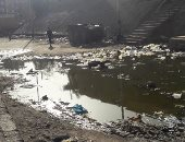 أهالى قرية بالمنيا يطالبون بتوصيل الصرف الصحى لقريتهم